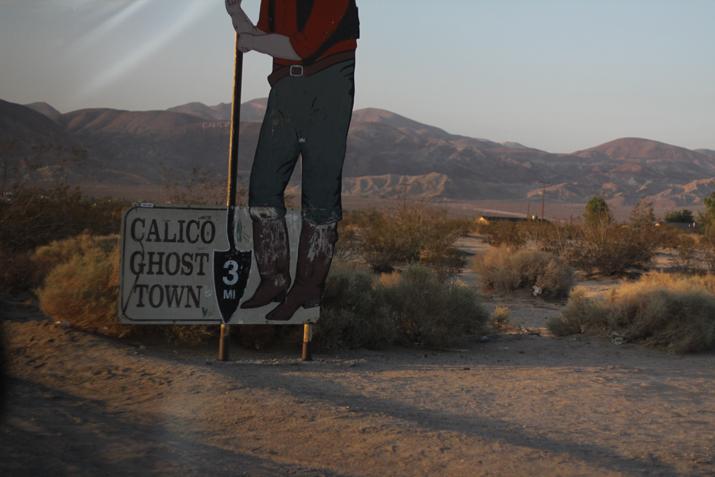 Mojave desert fashion blogger Monica Sors (2)