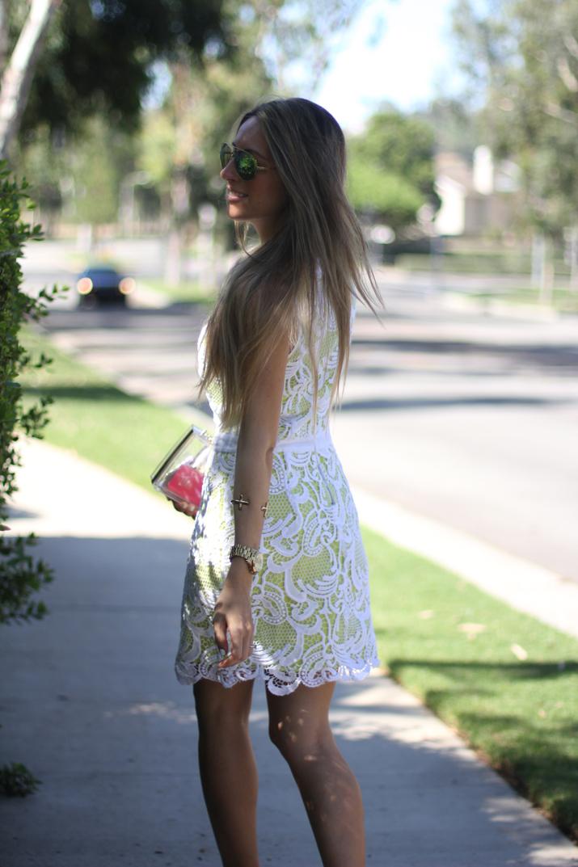 Revolve Lace little white dress fashion blog Mes Voyages a Paris by Monica Sors (5)