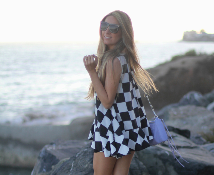 Checkered dress fashion blogger Monica Sors (1)