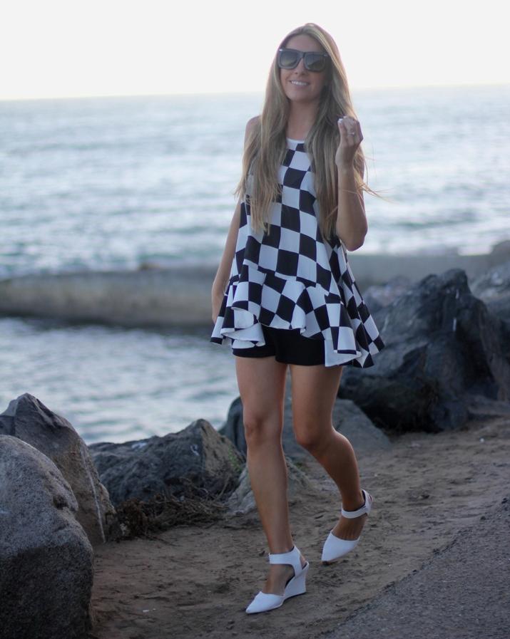Checkered dress fashion blogger Monica Sors (3)