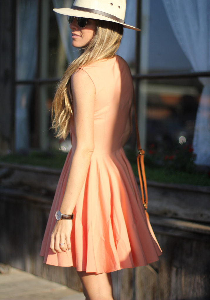 Coral dress (2)