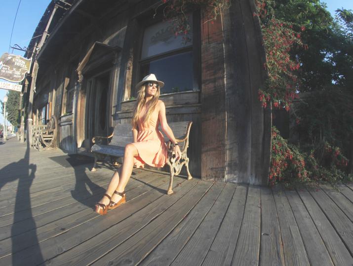 Fashion blogger in Los Alamos California (2)