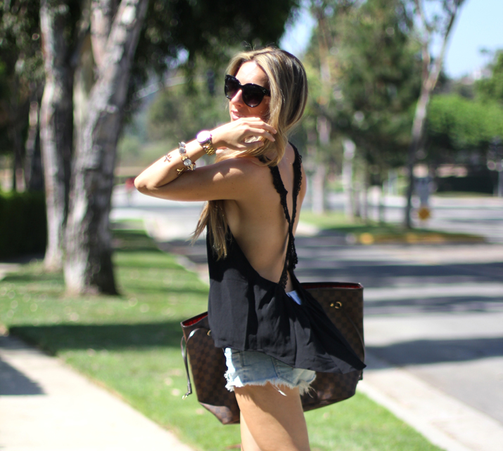Fashion blogger open back top (1)