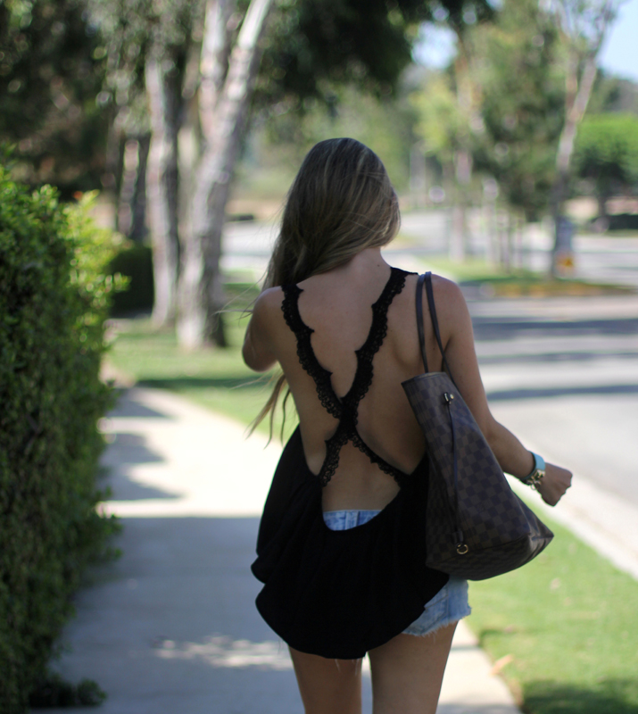 Fashion blogger open back top (2)