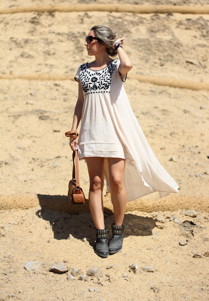 IVORY EMBROIDERED BOHO DRESS