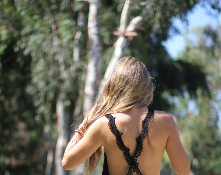 Open back top fashion blogger (4)