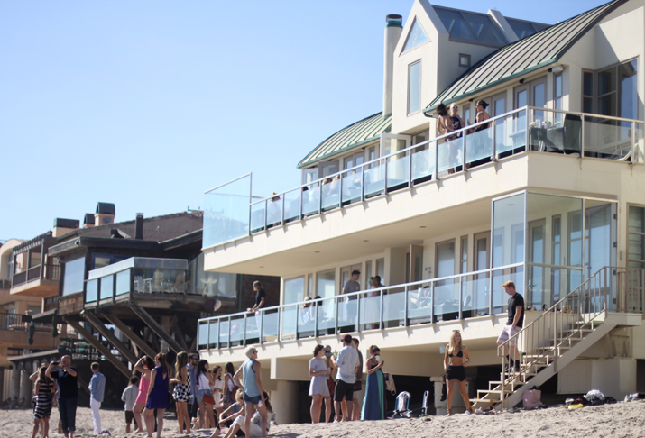 Revolve Clothing Malibu Beach House  (3)