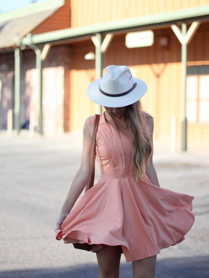 Vestido con vuelo bloguera de moda Monica Sors (1)