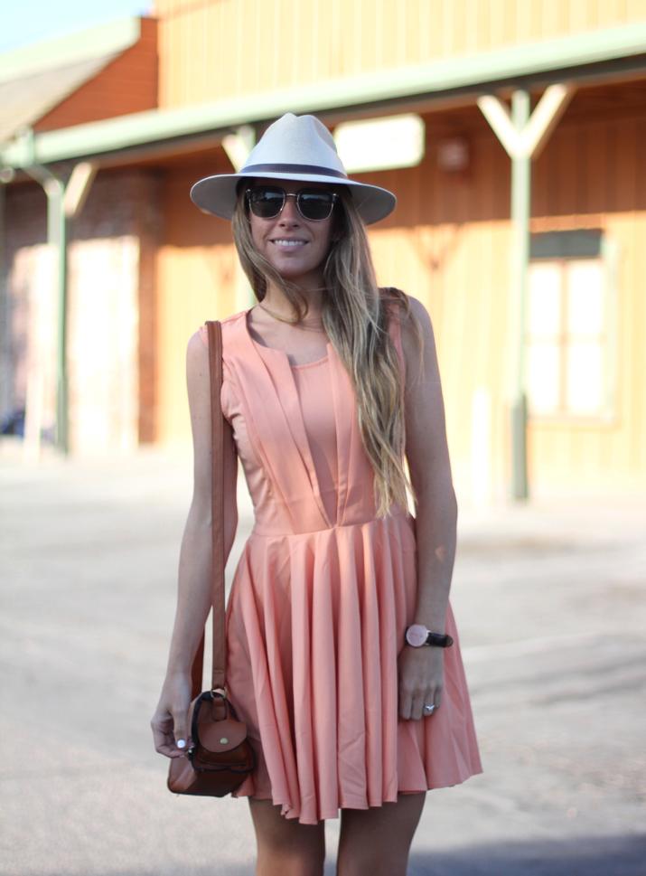 Vestido con vuelo bloguera de moda Monica Sors (2)