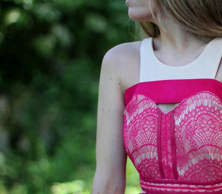 Fashion details lace dress