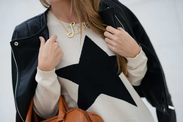 Love necklace fashion blogger