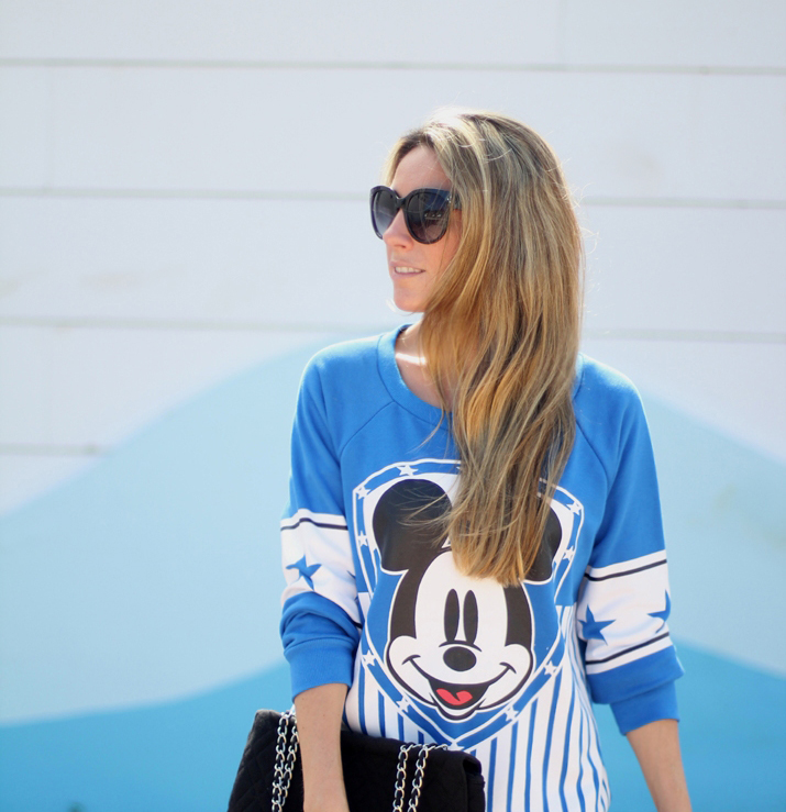 Mickey sweatshirt blogger monica sors
