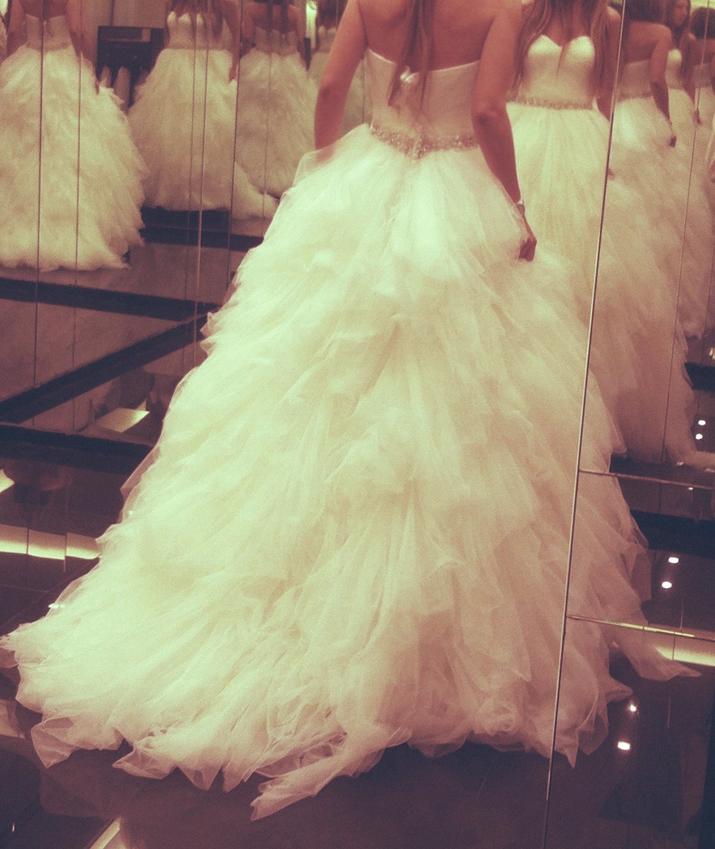 Monica Sors bridal dress