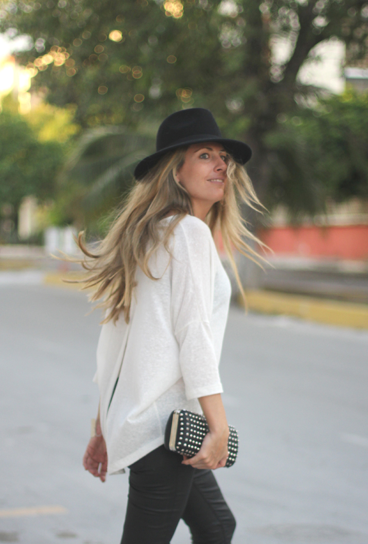 Monica Sors casual look (1)