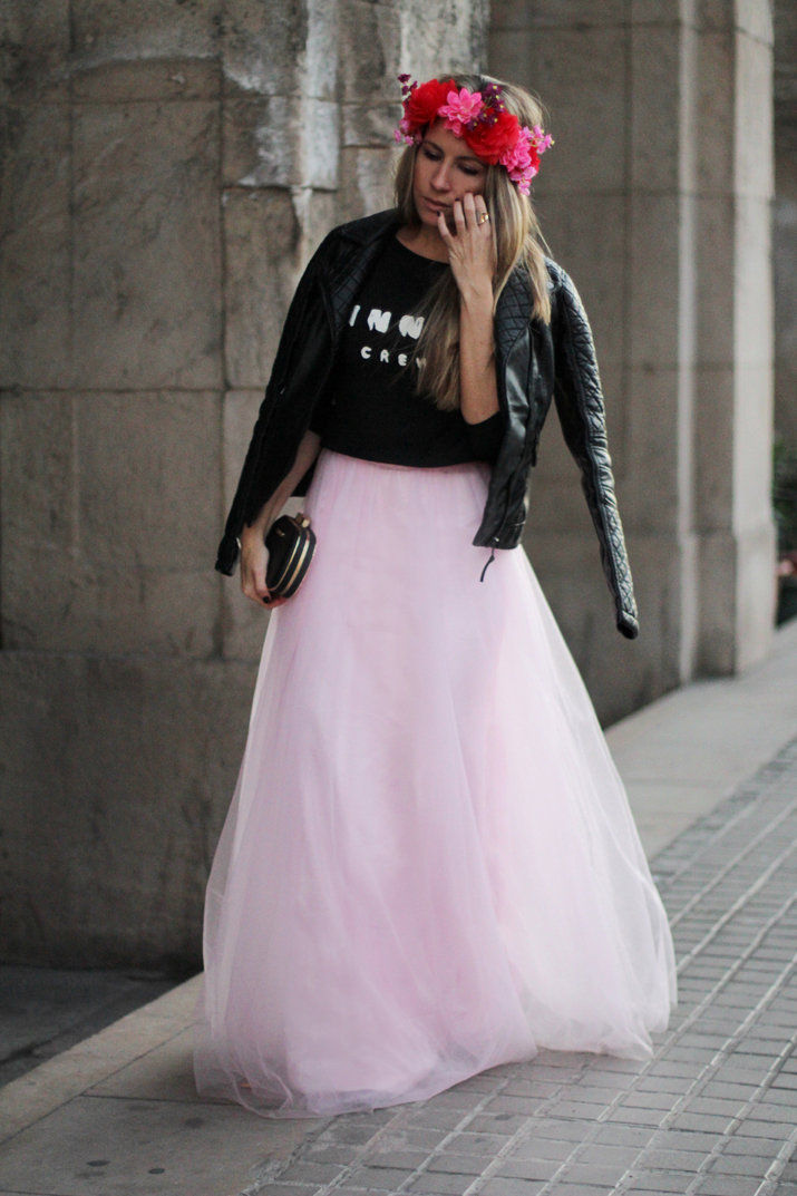 Pink tulle blogger