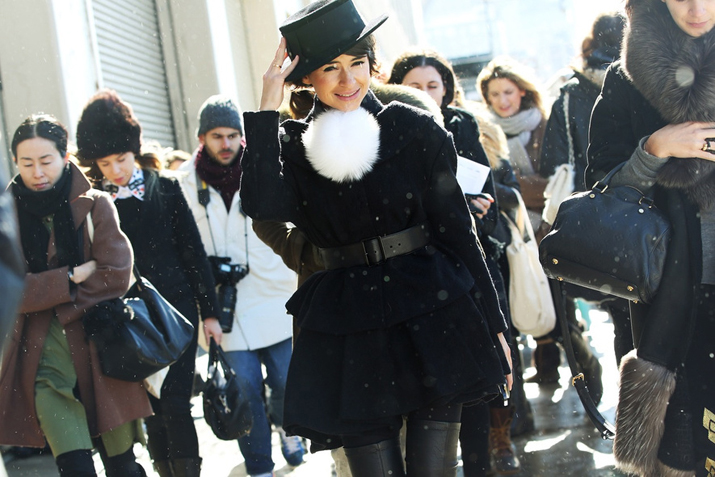 miroslava duma high boots winter look