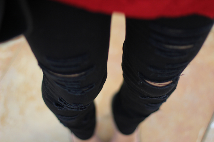 ripped black jeans blogger