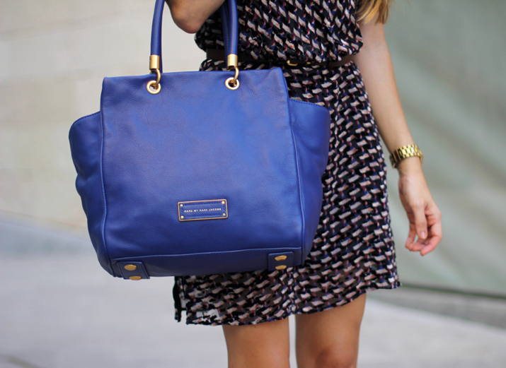 Blue bag fashion blogger Monica Sors for Marc Jacobs Mexico (1)