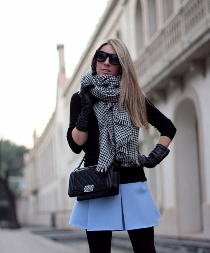Boy_Chanel-Bag-Trendy-Outfit-Fashion_blogger-Monica_Sors-Mes_Voyages_a_Paris-Fashion_blog-Street_style-Houndstooth_scarf-Zara-clothes (20)
