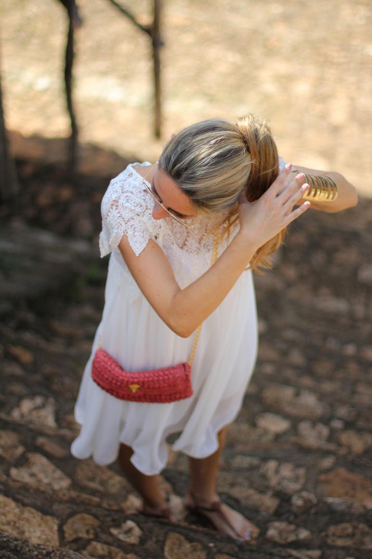 White dress blogger