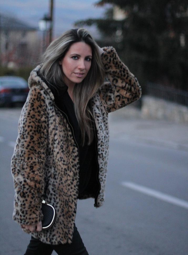 Fur coat blogger