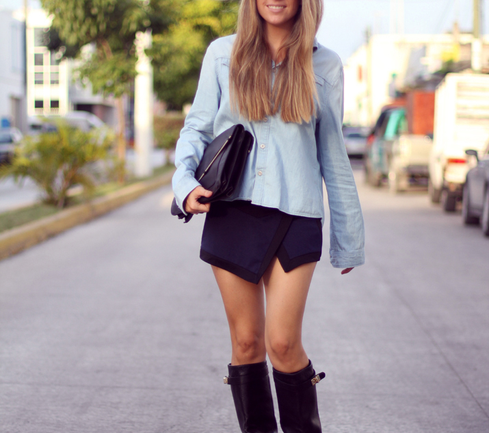 HIGH_BOOTS-SKORT-DENIM_SHIRT-FASHION-BLOGGER-MONICA_SORS-MESVOYAGESAPARIS-BLOG (1)