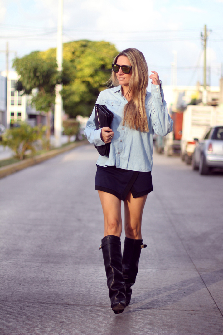 HIGH_BOOTS-SKORT-DENIM_SHIRT-FASHION-BLOGGER-MONICA_SORS-MESVOYAGESAPARIS-BLOG (10)