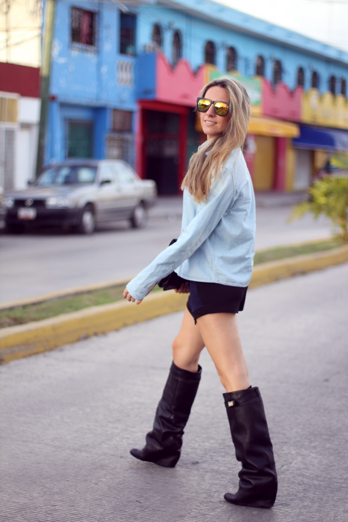 HIGH_BOOTS-SKORT-DENIM_SHIRT-FASHION-BLOGGER-MONICA_SORS-MESVOYAGESAPARIS-BLOG (11)