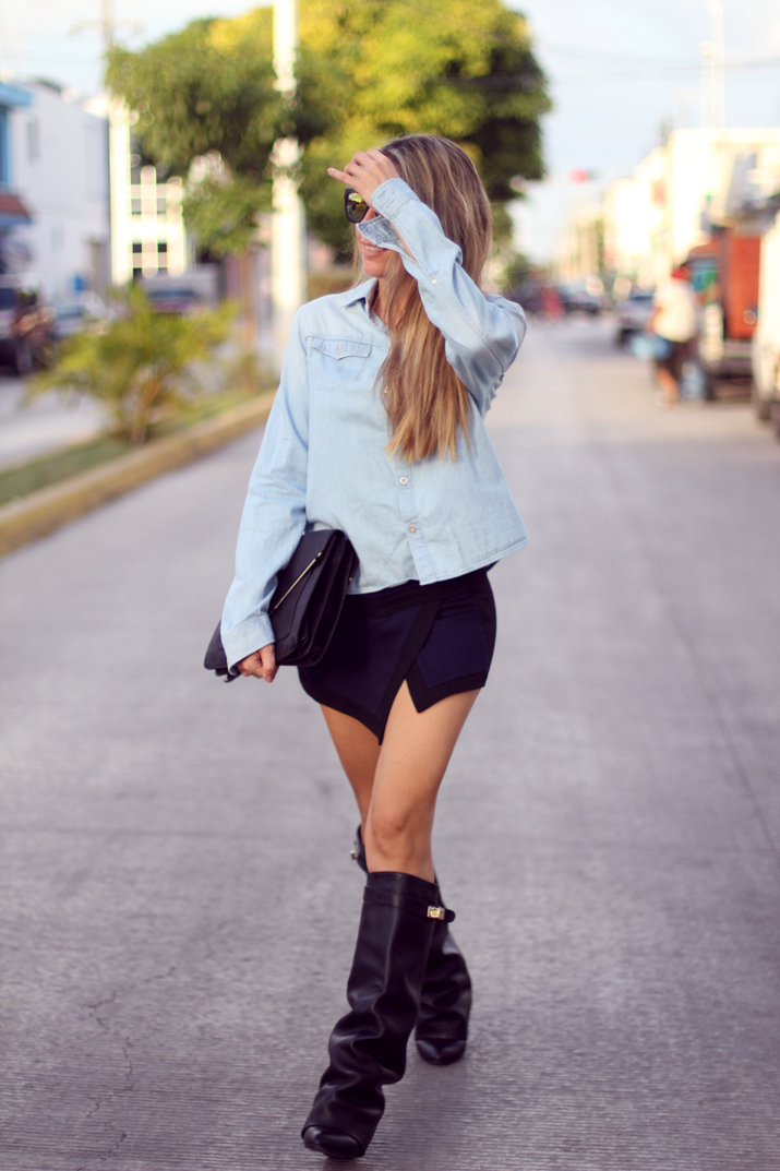 HIGH_BOOTS-SKORT-DENIM_SHIRT-FASHION-BLOGGER-MONICA_SORS-MESVOYAGESAPARIS-BLOG (12)