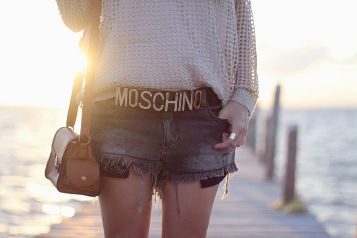 Moschino_belt_low_cost-outfit-blogger-street_style-fashion-blog-mesvoyagesaparis (18)