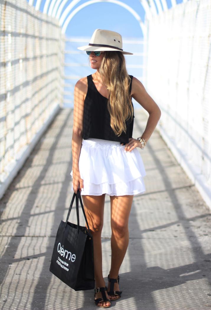 White-skirt-fashion-blogger-2