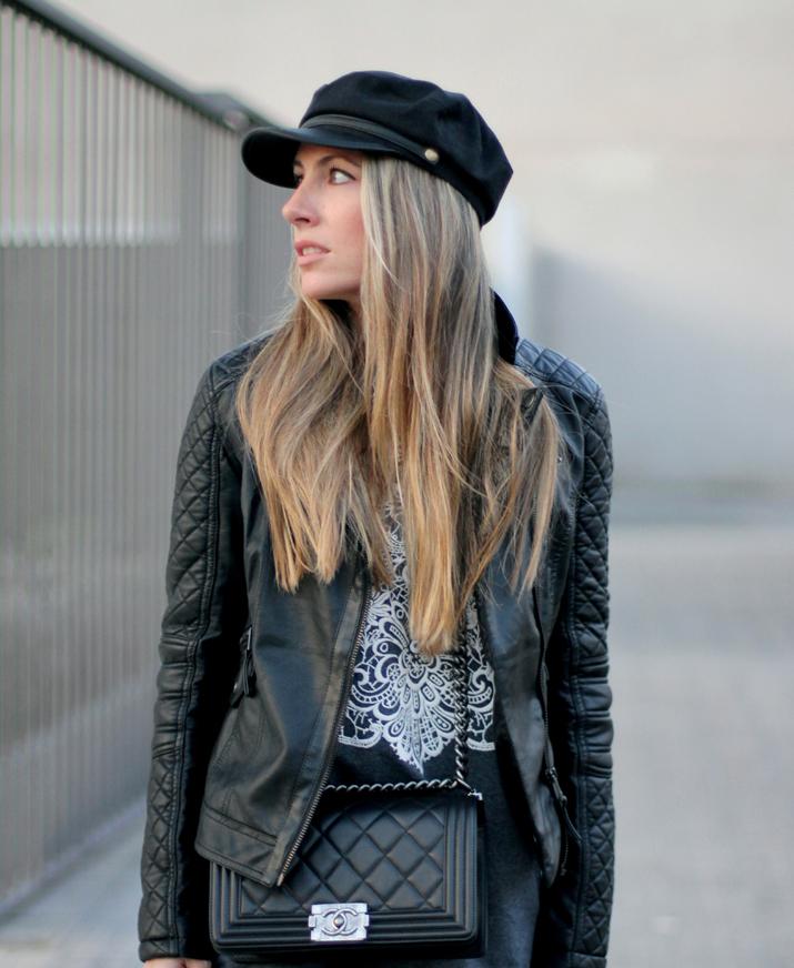 Boy_Chanel-bag-Sweat_dress-Baker_boy_cap-fashion_blogger(31)