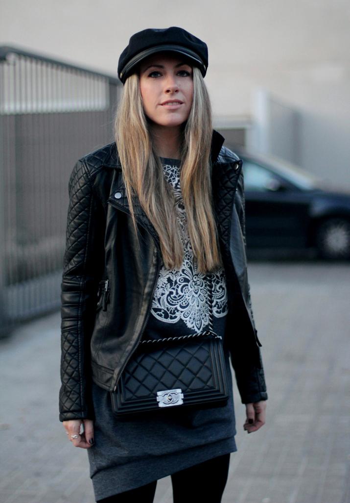 Boy_Chanel-bag-Sweat_dress-Baker_boy_cap-fashion_blogger(33)3