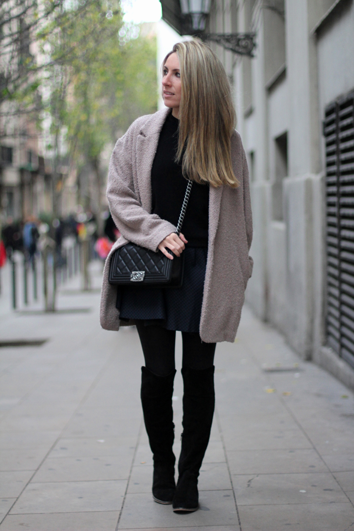 Boy_chanel-camel_coat-Zara-skirt-outfit-fashion_blogger-Monica_Sors-Mes_voyages_a_Paris (11)