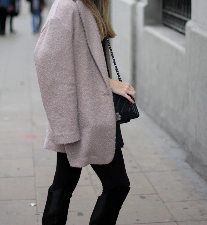 Boy_chanel-camel_coat-Zara-skirt-outfit-fashion_blogger-Monica_Sors-Mes_voyages_a_Paris (7)