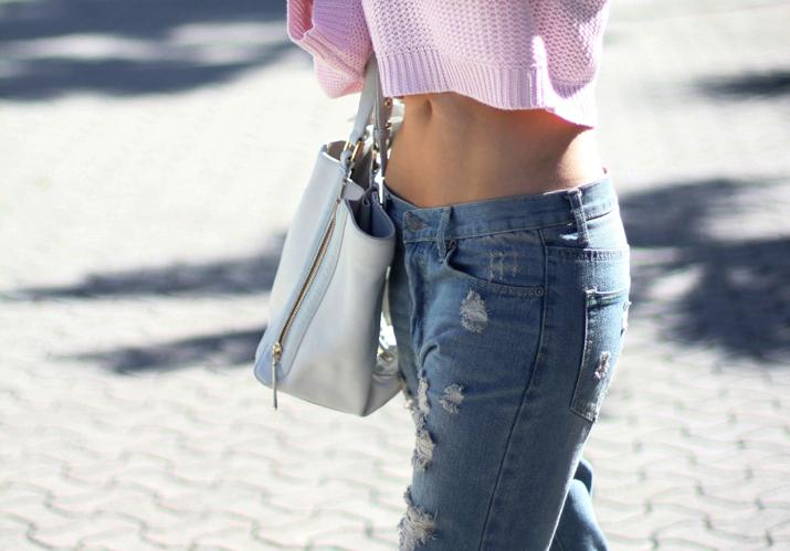 Boyfriend_jeans-knit_pastel_sweater-fashion_blogger-street_style-monica_sors (21)