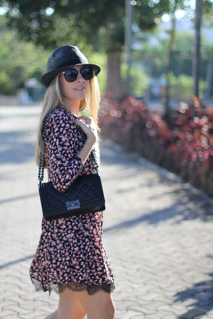 Flowers_and_lace_dress-pull_and_bear-fashion_blogger-Monica_Sors-Mexico (2)