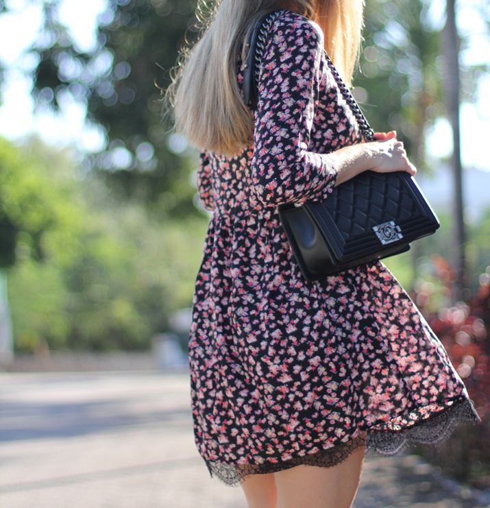 Flowers_and_lace_dress-pull_and_bear-fashion_blogger-Monica_Sors-Mexico (8)