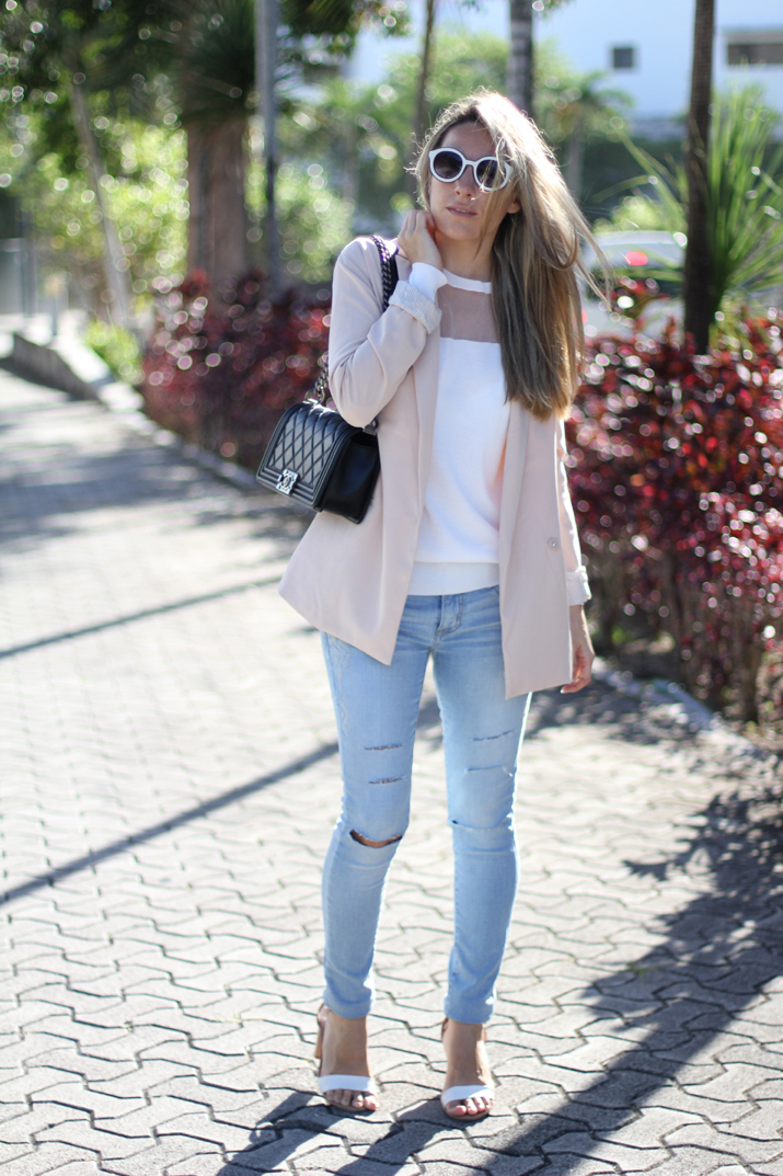 Monica_Sors-outfit-jeans-blazer-street_style (10)