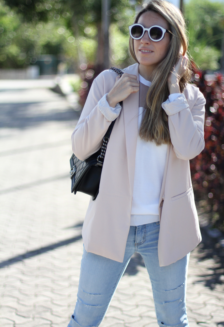 Monica_Sors-outfit-jeans-blazer-street_style (13)