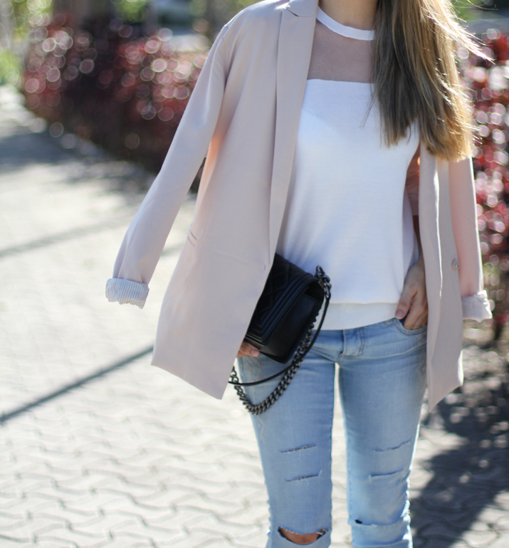 Monica_Sors-outfit-jeans-blazer-street_style (15)
