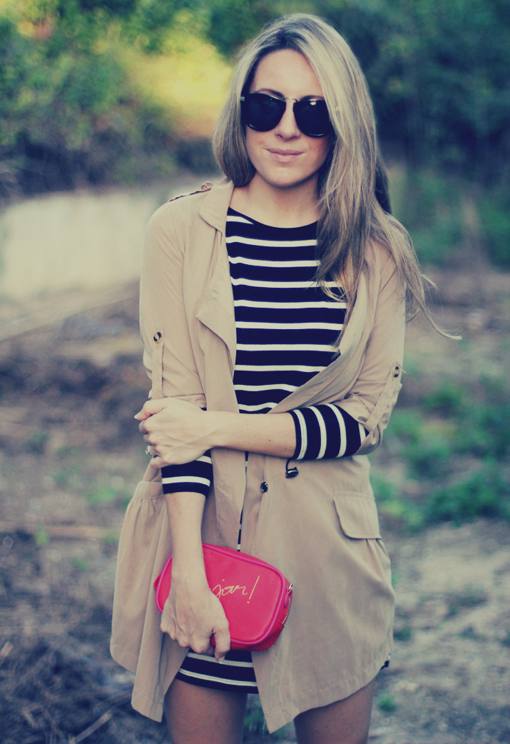 Navy_dress-outfit-fashion_blog-mesvoyagesaparis-street_style (4)1