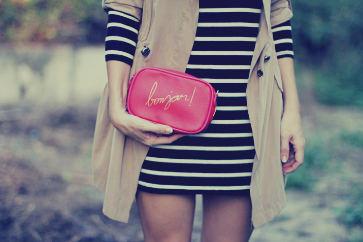 Navy_dress-outfit-fashion_blog-mesvoyagesaparis-street_style (8)