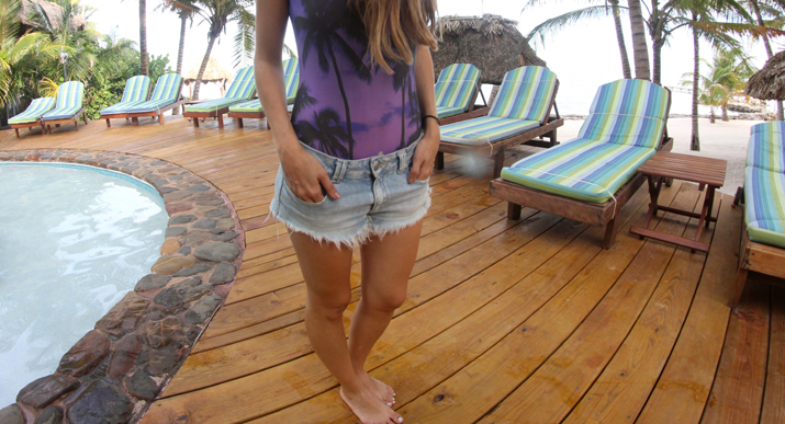 Trendy_swimsuit-fashion-blogger-outfits-style-blog-denim_shorts (1)