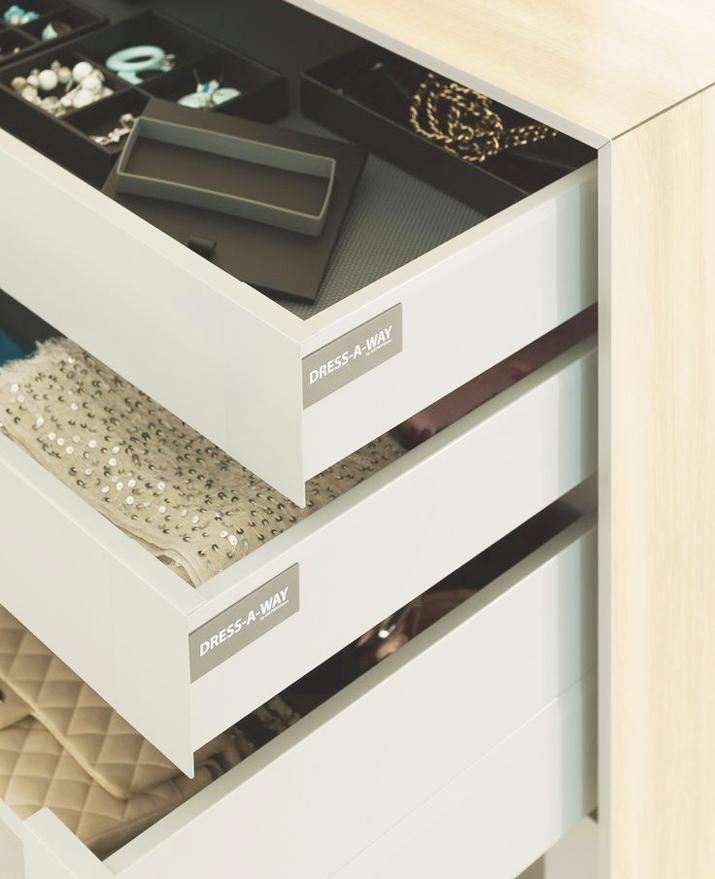 Walk_in_closet-dressing_room-dream_closets-inspiration-decoration-fashion_bloggers-mesvoyagesaparis (30)
