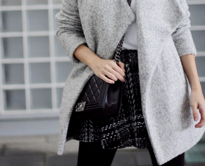 Barcelona_fashion_blog-Monica_Sors-Boy_Chanel-grey_coat-street_style (13)