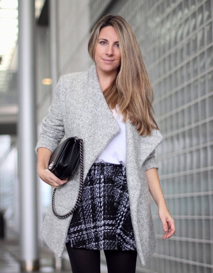 Barcelona_fashion_blog-Monica_Sors-Boy_Chanel-grey_coat-street_style (17)1