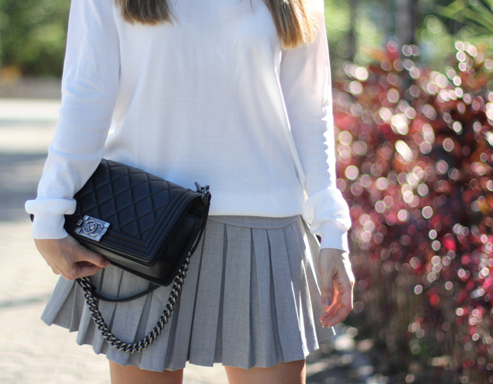 Boy_Chanel_Street_Style-Zara_grey_skirt-Monica_Sors-blog (7)
