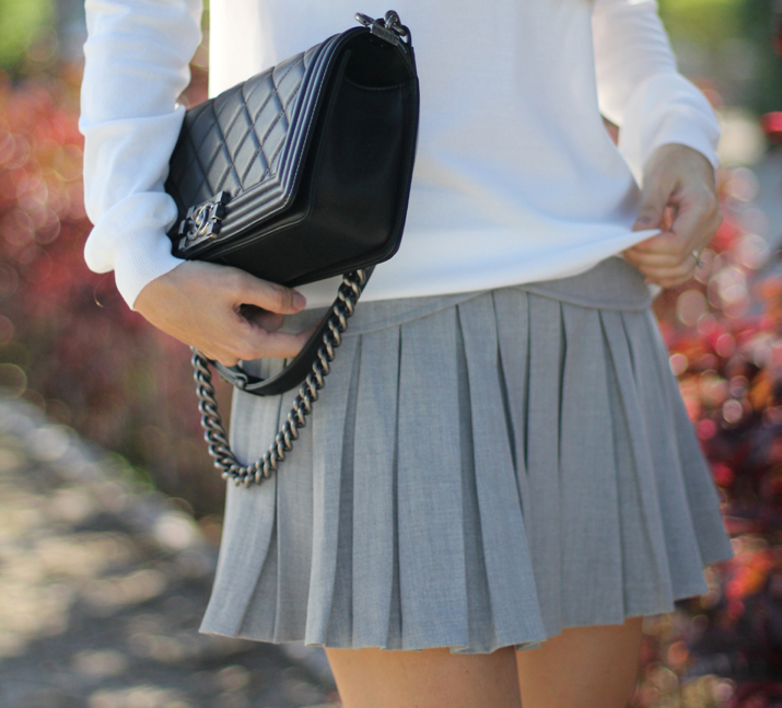 Boy_Chanel_Street_Style-Zara_grey_skirt-Monica_Sors-blog (8)