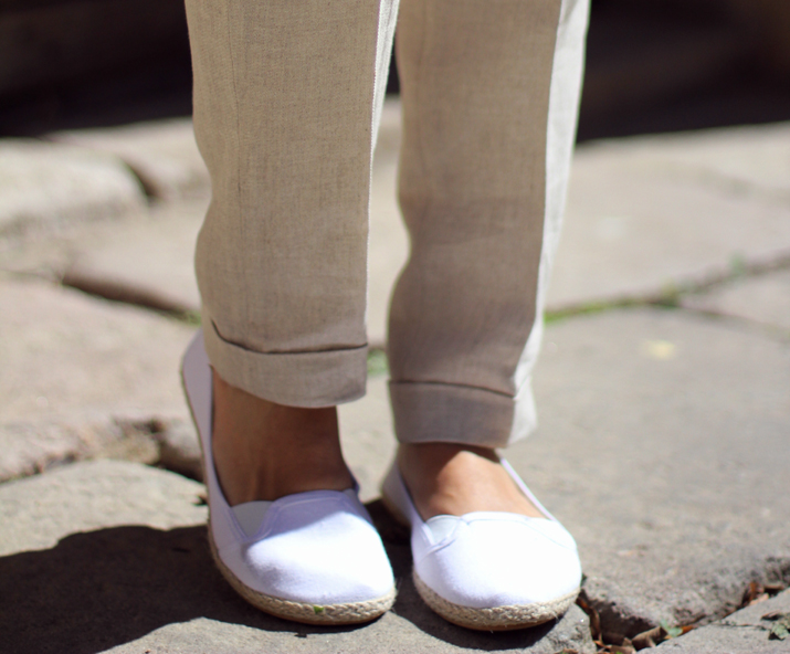 beige_pants_outfit-street_style_Barcelon (10)